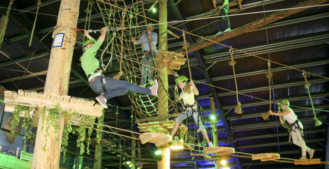 Begin het nieuwe jaar goed met een tocht door een indoor klimpark! Foto: Coronel Adventure Indoor Park.