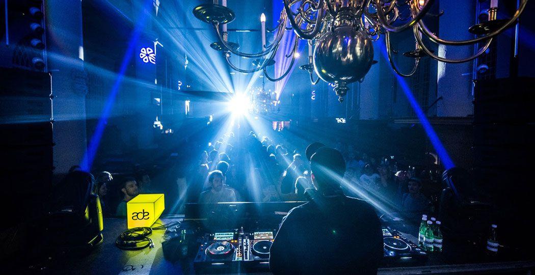 Bezoek driehonderd dancefeesten tijdens het Amsterdam Dance Event. Foto: ADE © Yannick van de Wijngaert