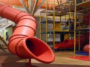 Binnenspeeltuin De Leeuwenborg