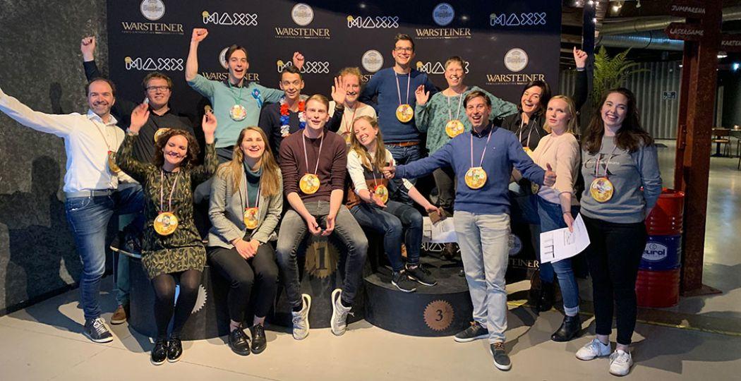 Leuk aandenken: The Maxx zet iedereen op de foto. Hier het enthousiaste team van DagjeWeg.NL. Foto: The Maxx
