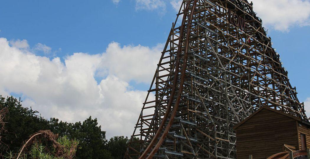 Straks weer in de achtbaan UNTAMED van Walibi! Musea mogen vanaf 1 juni weer open, attractieparken en dierentuinen zijn in overleg met de gemeentes en veiligheidsregio's. Foto: DagjeWeg.NL