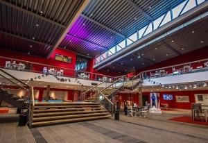Het opvallende gebouw van CineMec. Foto: CineMec