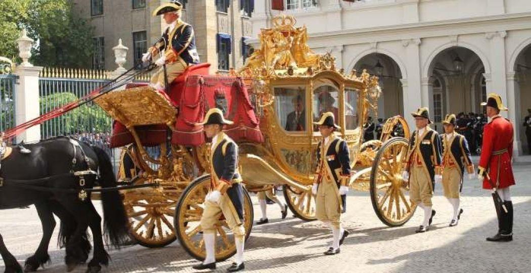 De Gouden Koets in vol ornaat. Foto: Koninklijk Staldepartement