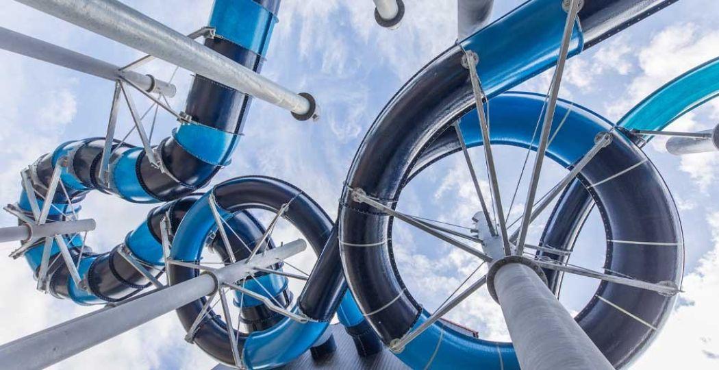 Hof van Saksen heeft er drie spectaculaire waterglijbanen bij. Foto: Landal GreenParks