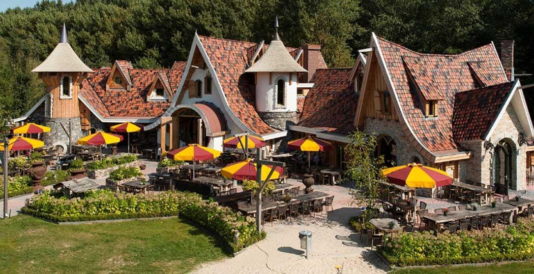Niet alleen het populairste uitstapje in Flevoland op DagjeWeg.NL, maar het populairste uitstapje van heel Nederland: het sprookjesachtige Pannenkoekenrestaurant Hans & Grietje. Foto: Pannenkoekenrestaurant Hans & Grietje