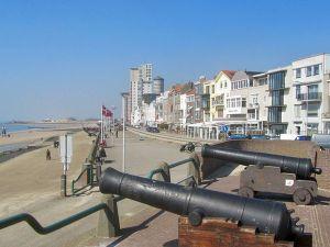 Met de Zonnetrein door Vlissingen. Foto: Zonnetrein Zeeland /  Ries de Nooijer (Rich Art Promotions)