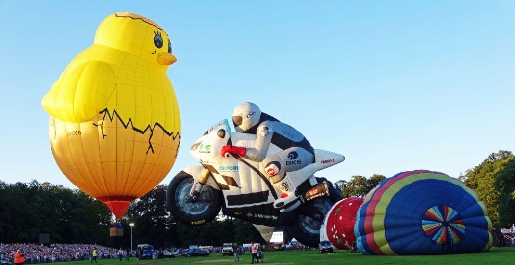 De meest bijzondere vormen luchtballonnen kom je tegen tijdens de Ballonfiësta. Foto: Ben Bläss