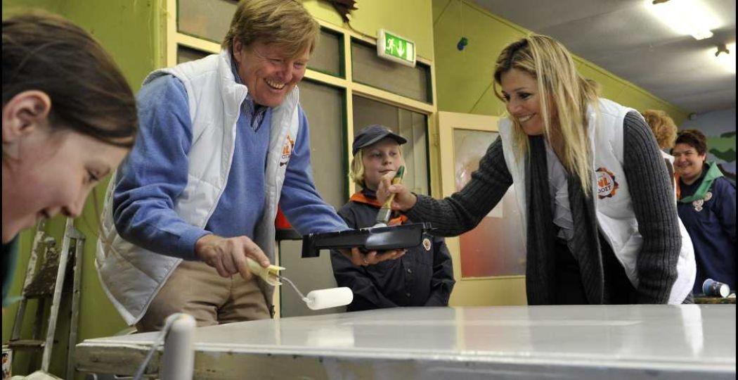 Het koninklijk huis steekt ook jaarlijks de handen uit de mouwen. Foto: Oranje Fonds - Bart Homburg