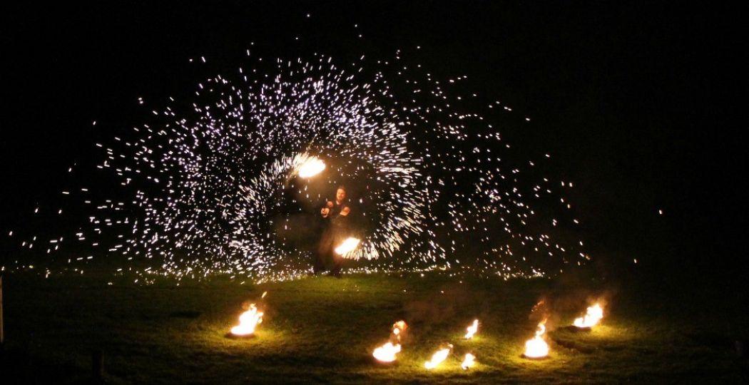 Bezoek een spectaculaire vuurshow. Foto: © Midwinter Fair Archeon