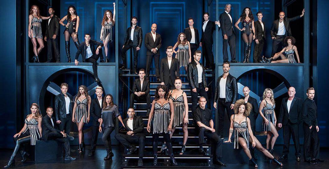 De complete cast van de musical The Bodyguard. Foto: Stage Entertainment Nederland.