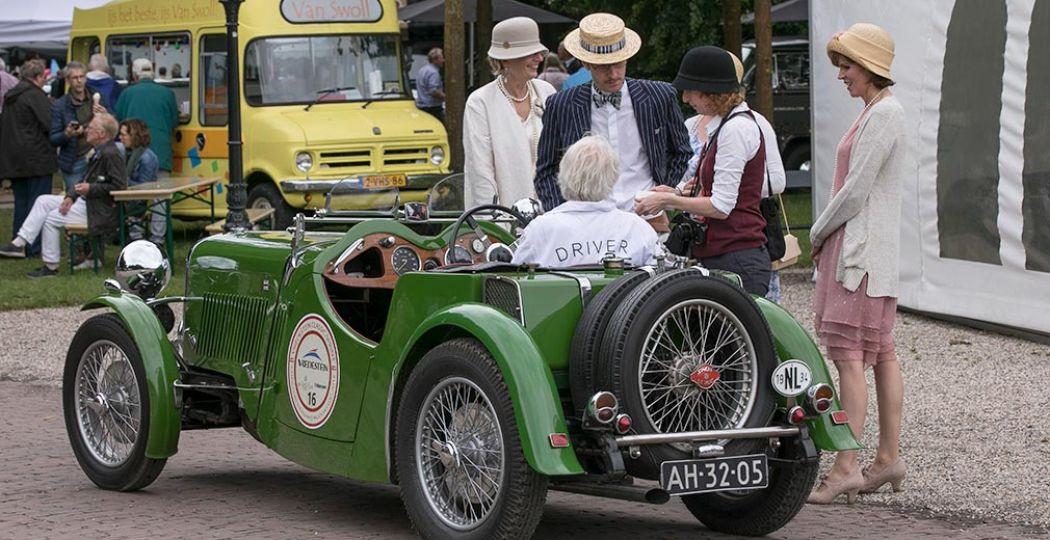 Bekijk de mooiste oldtimers geheel in stijl tijdens Concours d'Élégance. Foto: Paleis Het Loo © Classic Events.