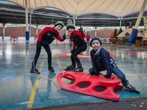 Lekker schaatsen! Foto: Kunstijsbaan De Scheg.