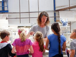 Volg een workshop. Foto: Royal Delft Experience