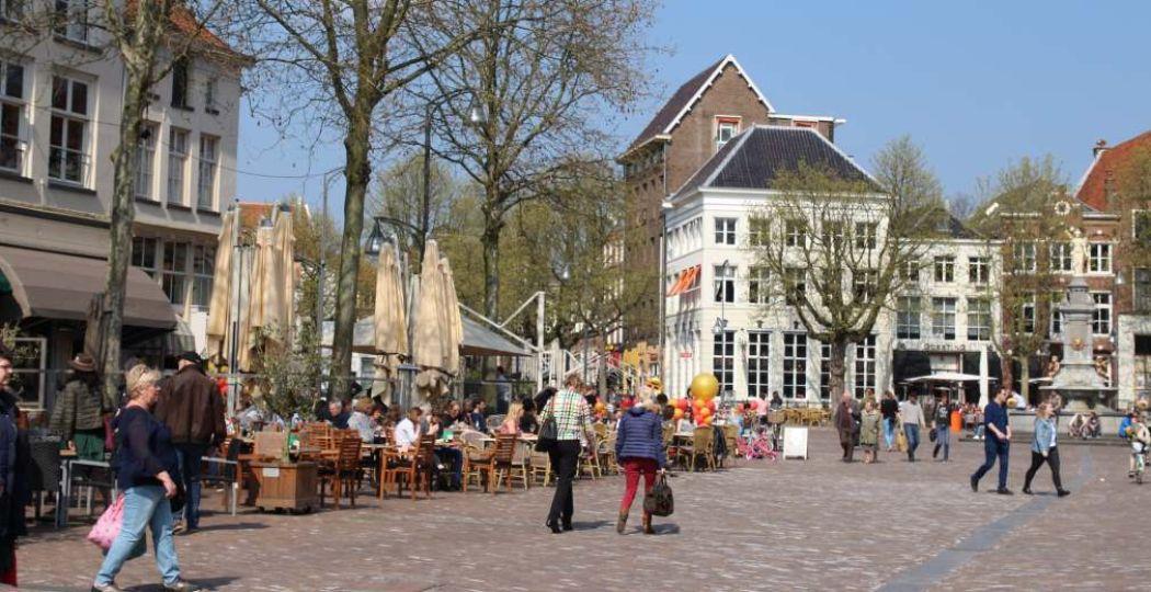 Stadshart Brink is altijd gezellig. Foto: Redactie DagjeWeg.NL