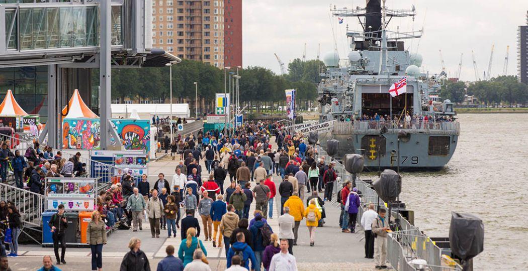 Geniet van alles wat de Rotterdamse haven te bieden heeft tijdens de Wereldhavendagen. Fotograaf: Anne Reitsma Fotografie.