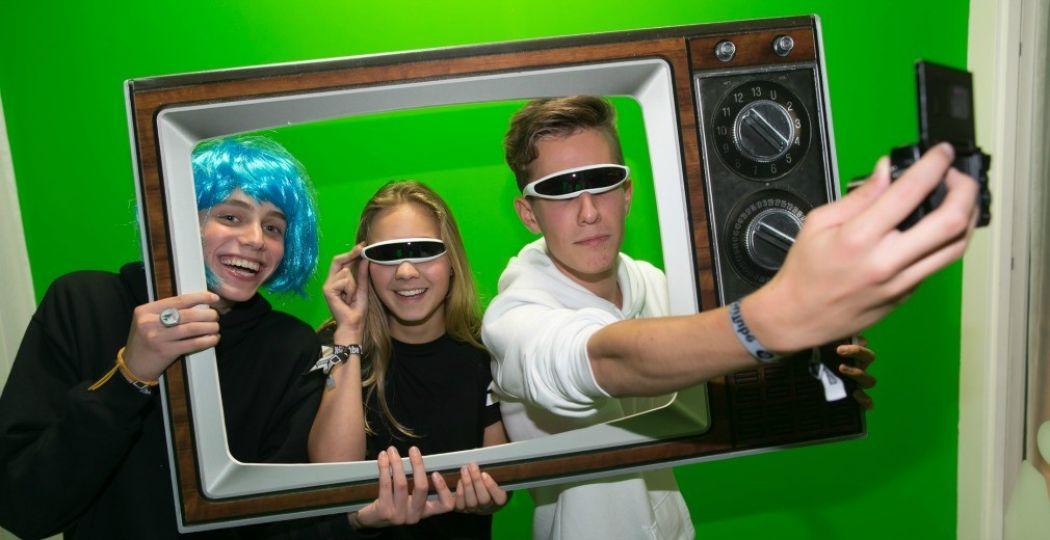 Maak je eigen video in de YouTube Room. Foto: © Beeld en Geluid