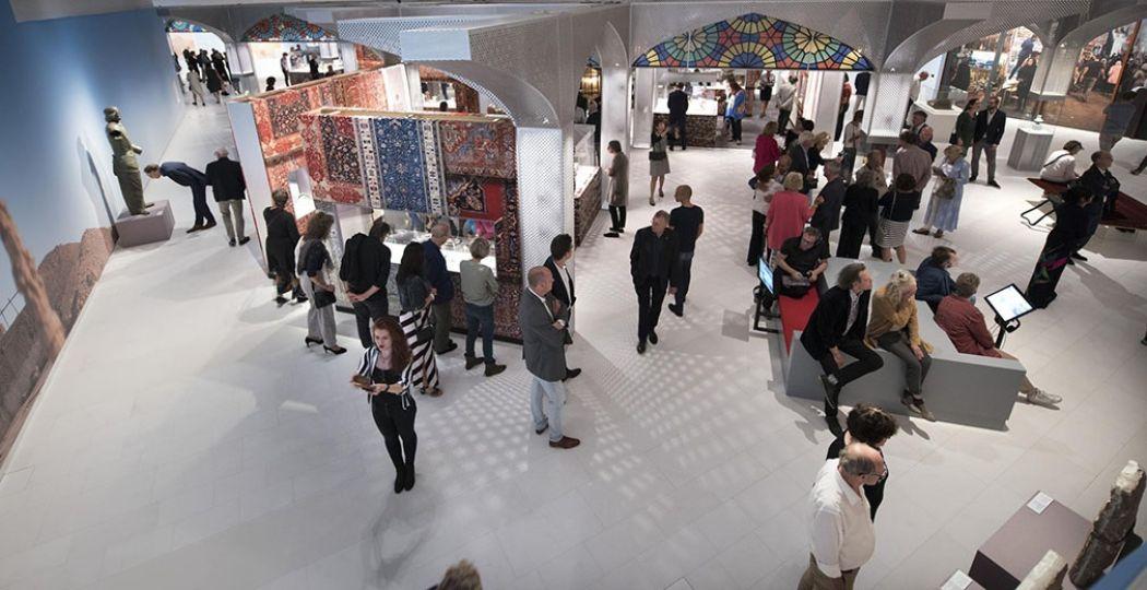 De expositie 'Iran - Bakermat van de beschaving' gezien vanaf de vide. Foto: Drents Museum