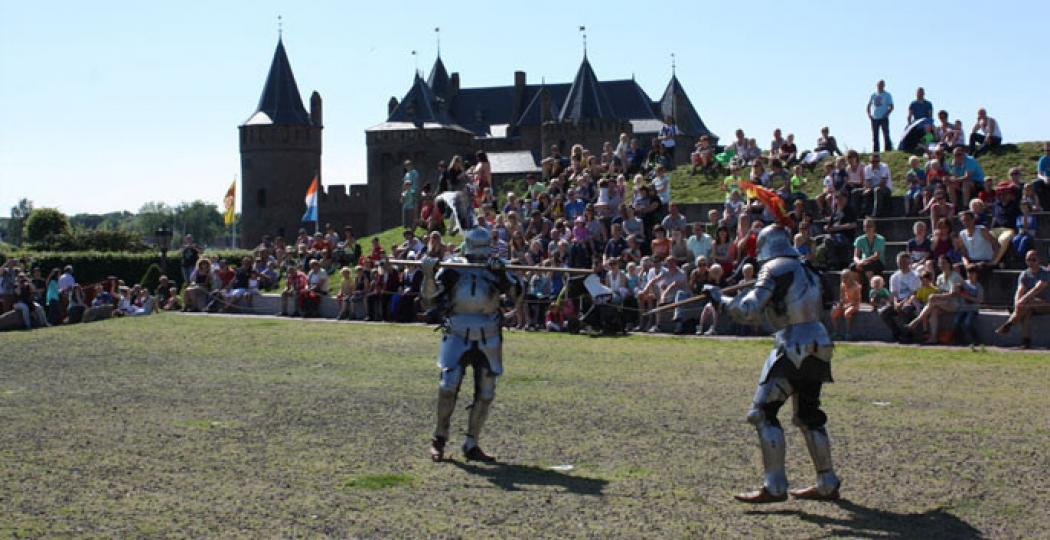 Spannende riddergevechten op het Muiderslot. Foto: Muiderslot