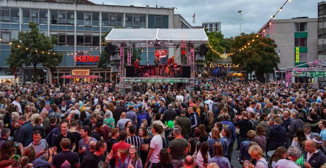 Met 1000 optredens is het dagenlang feest in Nijmegen. Foto: Vierdaagsefeesten