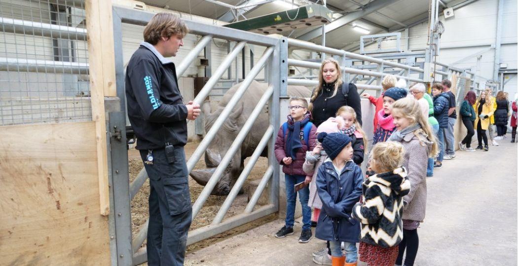 Leer van de verzorgers van WILDLANDS welke dieetwensen de verschillende dieren hebben. Foto: © WILDLANDS Zoo Emmen.