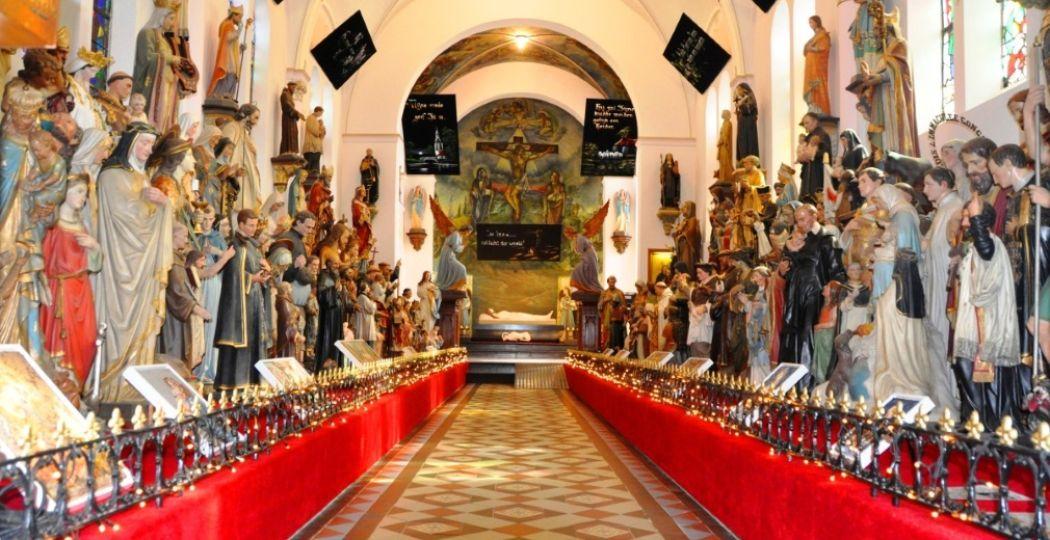 Perfect voor met Hemelvaartsdag: Museum Vaals. Een prachtig museum in een oud klooster. Net een kleurrijke kijkdoos! Foto: Museum Vaals.
