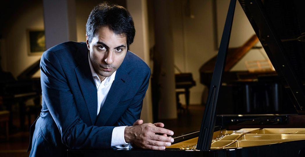 Wereldberoemde pianist Saleem Ashkar treedt op in de Edesche Concertzaal. Foto: Luidmila Jermies