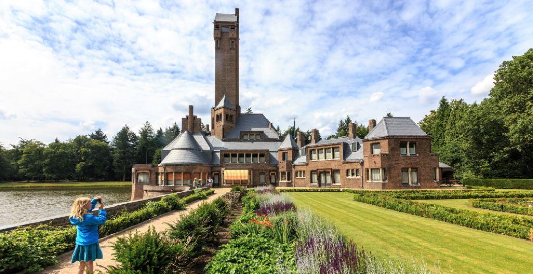 Indrukwekkend: Jachthuis Sint Hubertus. Foto: Nationale Park De Hoge Veluwe