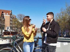 Scoor een heerlijk ijsje. Foto: 360 Tours Amsterdam