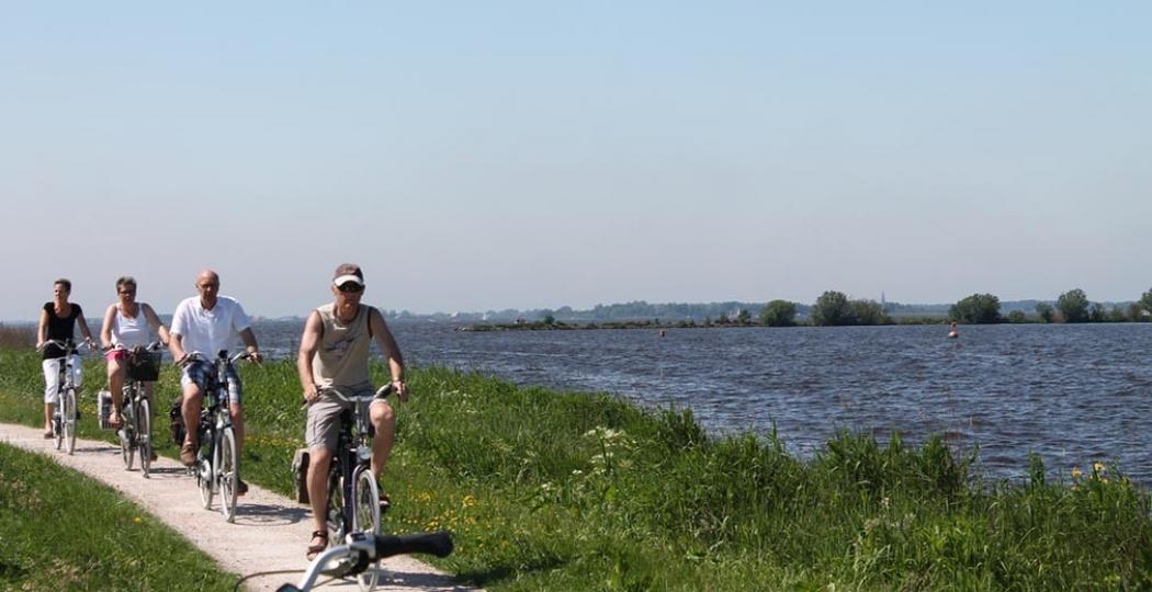 Fietsers in Friesland. Foto: NBTC Holland Marketing.