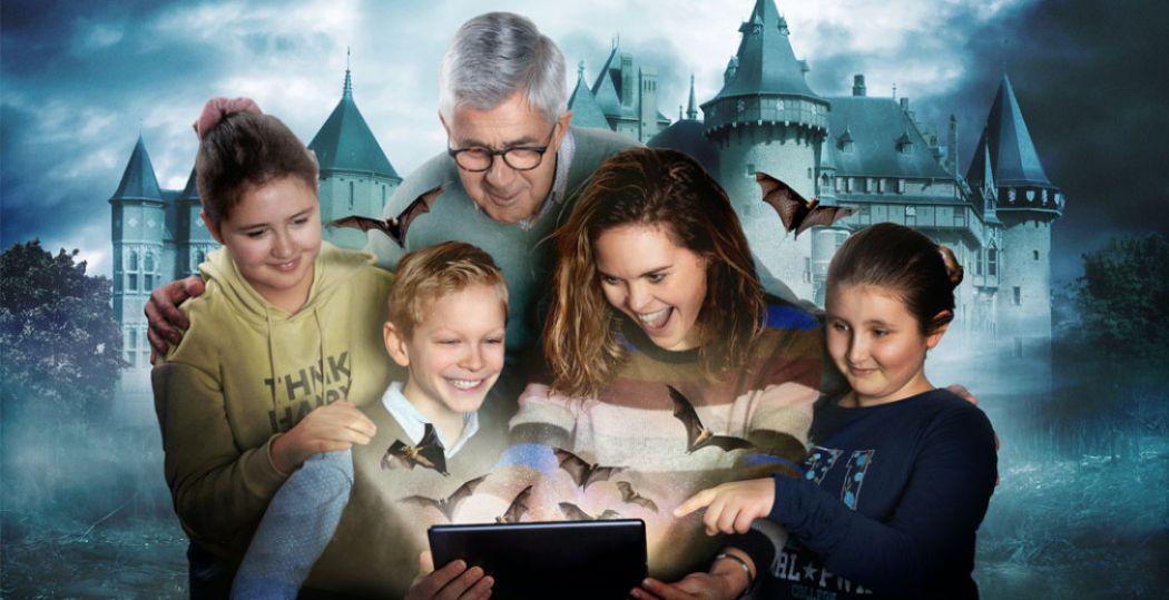 Ga tijdens de privérondleiding Torendol in Kasteel de Haar op avontuur met een tablet én een gids. Foto: Kasteel de Haar