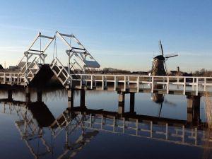 De brug bij Kinderdijk. Foto: Rebus Varende Evenementen.