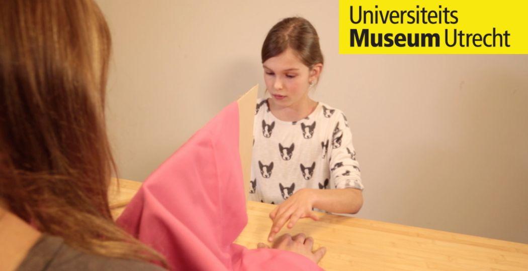 Haal het Jeugdlab in huis met leuke proefjes van Universiteitsmuseum Utrecht. Foto: Universiteitsmuseum Utrecht.