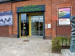 Bekijk het bijzondere paardengraf. Foto: Museum Wierdenland