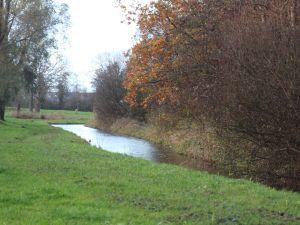 Tijdens de wandeling is het genieten van het aantrekkelijke landschap. Foto: DagjeWeg.NL