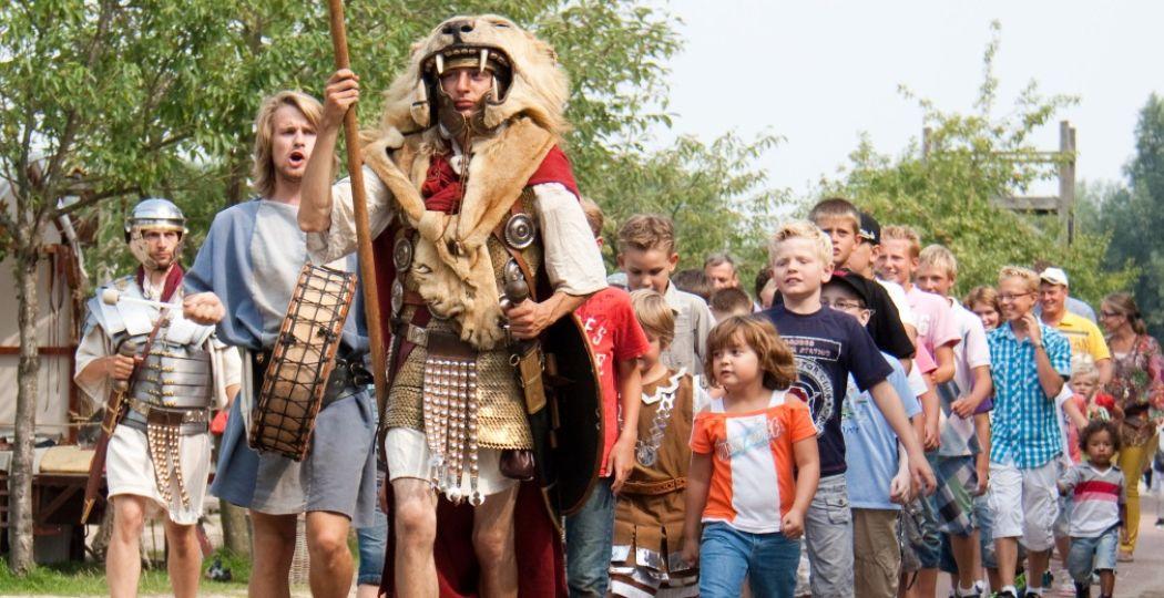 Beleef Eerste en Tweede Pinksterdag tussen de Vikingen! Foto: Archeon.