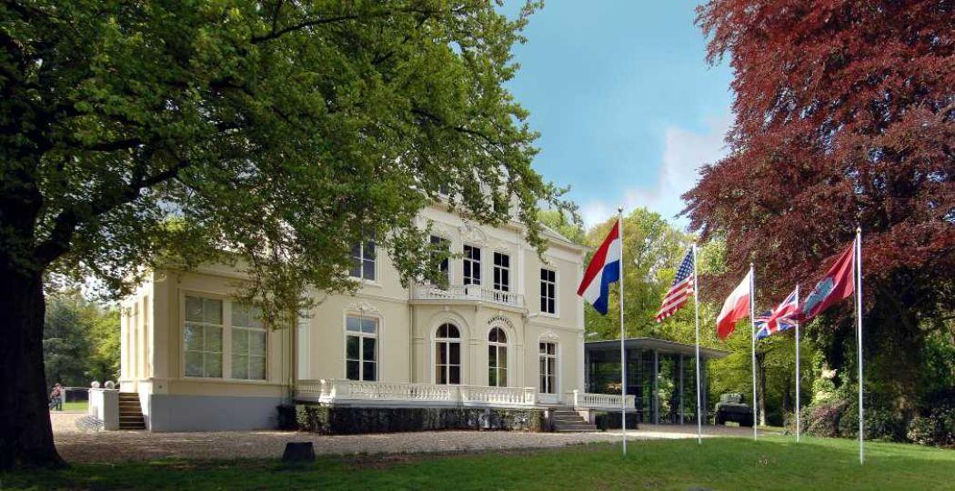 Villa Hartenstein voor de restauratie. Foto: Airborne Museum 'Hartenstein'