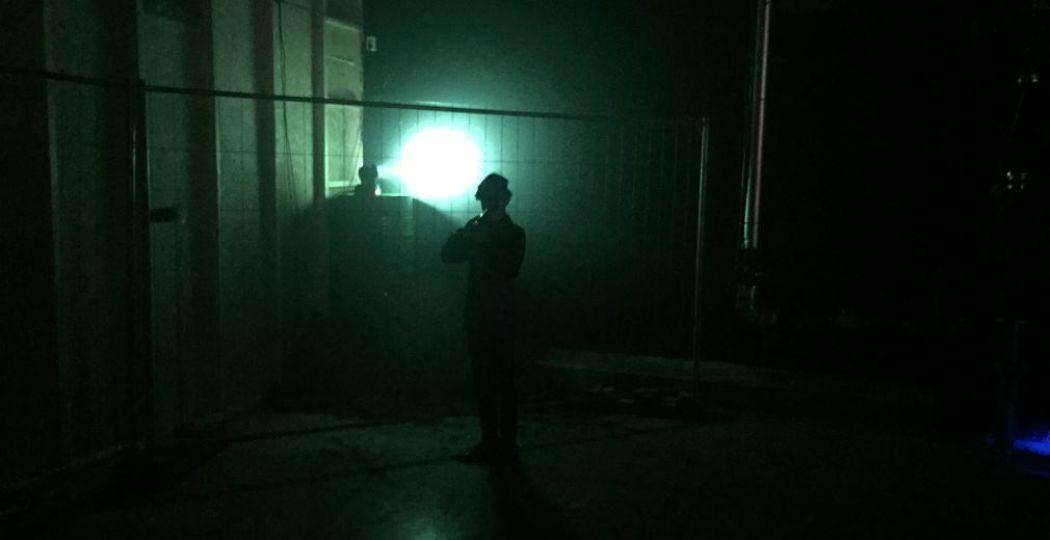 Houd je lasergun in de aanslag in de Laserloods. Foto: Laserloods.