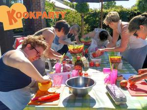 Leuke activiteit voor teambuilding! Foto: Kookparty