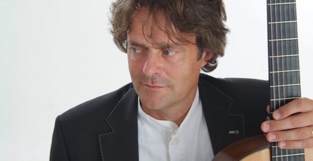 Enno Voorhorst is een specialist in het klassieke Spaanse gitaarrepertoire. Foto: Kim Jung Su