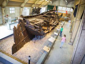 Aan boord van VOC-schip De Batavia! Foto: Batavialand