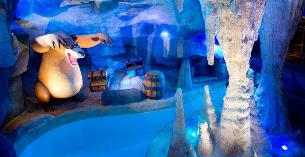 Zwem tussen de smeltende ijsrotsen. Foto: PlopsaParks