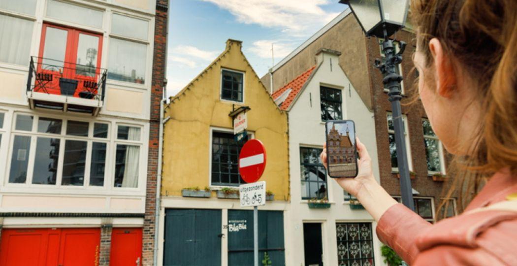 Een stadswandeling en tijdreis in één: TimeTransit neemt je mee naar het Rotterdam Delfshaven van 400 jaar geleden. Foto: Stichting Verborgen Stad.
