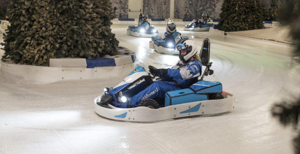 Trotseer de kartbaan van IceKart Rucphen. Je raadt het al: hier race je op een baan van ijs! Foto: IceKart Rucphen.