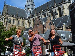 Ontdek de mooie plekken van de stad. Foto: Bike Tours Haarlem.