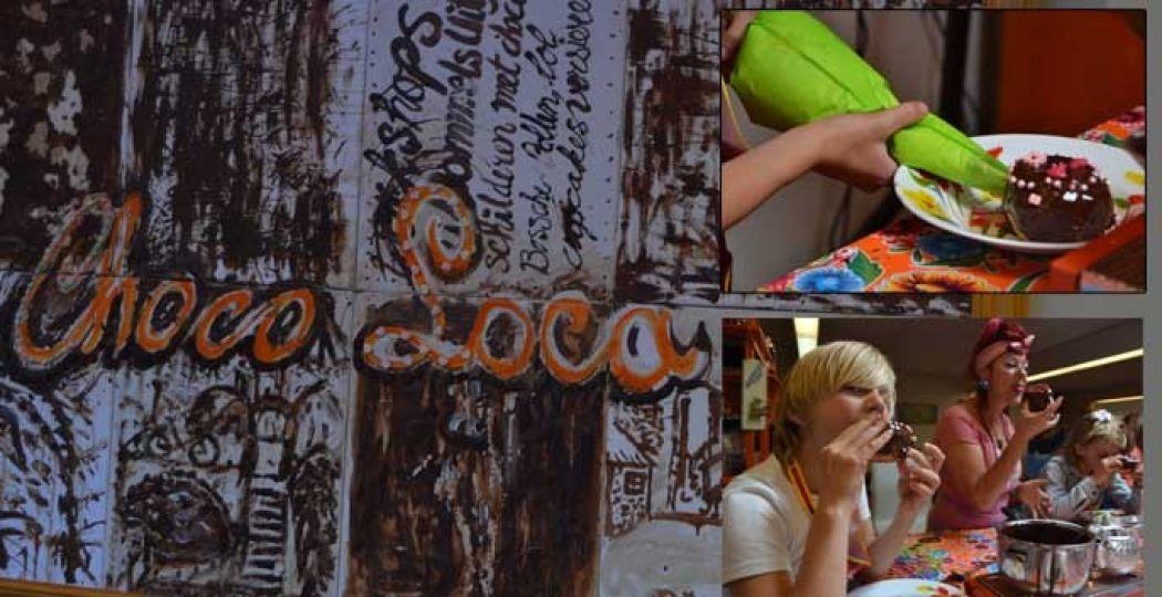Een chocoladeworkshop bij Choco Loca betekent: fun, mindfullness en heel veel snoepen en smullen! Foto: DagjeWeg.NL