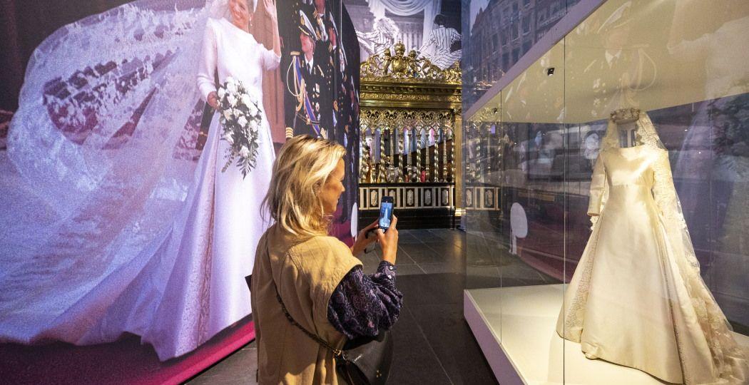 Bewonder de bruidsjurk van Máxima! Foto: Evert Elzinga