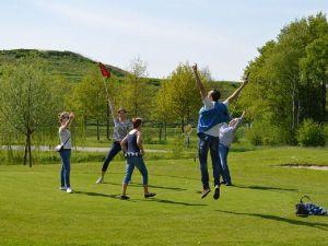Iedereen kan golfen bij Pitch & Putt Bussloo. Foto: Pitch&Putt Bussloo