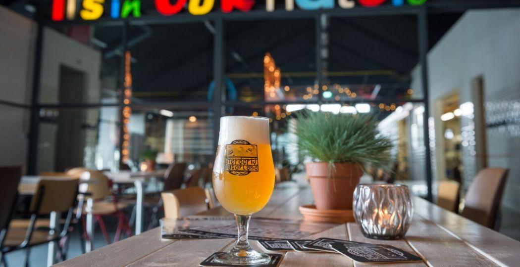 Hmm, een biologisch biertje van Bierderij Waterland in Monnickendam. Foto: Bierderij Waterland.