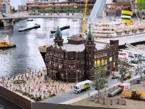 Ontdek grappige scènes en details. Foto: Miniworld Rotterdam.