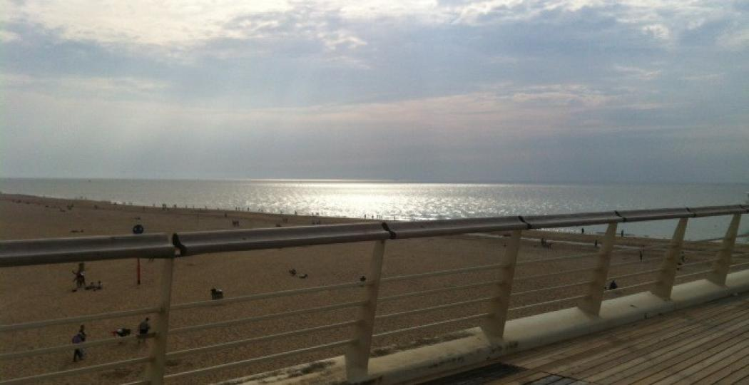 De zee is bij elk weertype prachtig om te bekijken! Foto: DagjeWeg.NL
